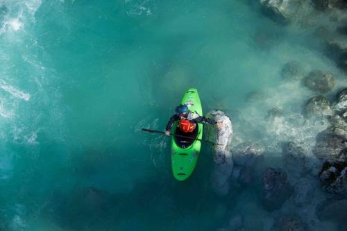 Kayaking in the Soča Valley, Slovenia with Kayak School Arlberg.